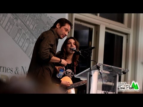 """Bree Sharp performs """"David Duchovny"""" live in front of David Duchovny in New York"""