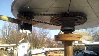 """вертикальний вітрогенератор з """"шаговым двигателем"""""""