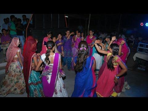 राजस्थानी शादी में दिल चु लेने वाला ढोल थाली पर डांस Marwadi Desi Dhol Dance Bali Rajasthan
