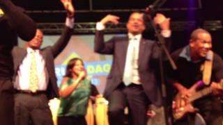 Robert i su Solo Banda Show Los laga bai