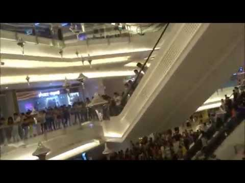 Shennong Square and SunMall Zhuzhou, Hunan sped up 5-1-2015