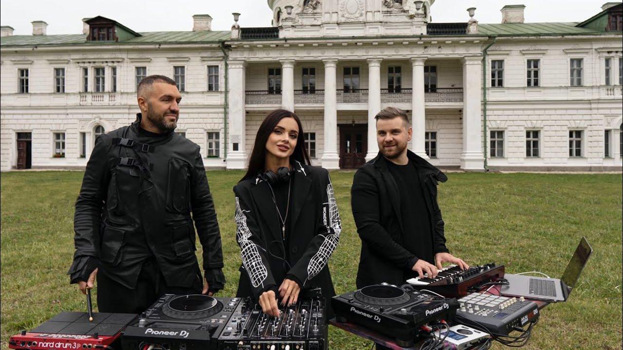 Progressive House & Deep Techno Mix - February 2020 (#HumanMusic)