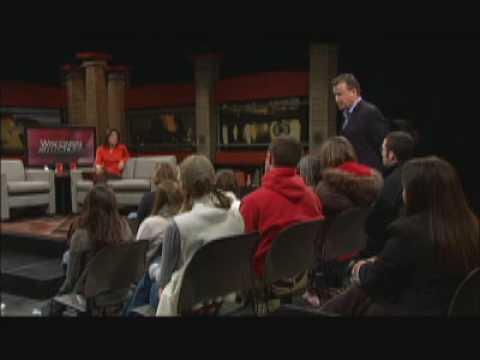 Wisconsin Reflections: Kelly Cobiella, CBS News Reporter