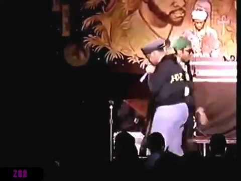 A Tribe Called Quest [Live In Paris] (1990)