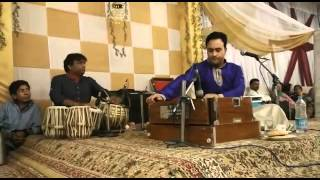 CHUI MEUN HAMZAAR KASHMIRI SONG SUNG BY RASHID JAHANGIR. WARID RUTBA WEDDING / MEHNDI.