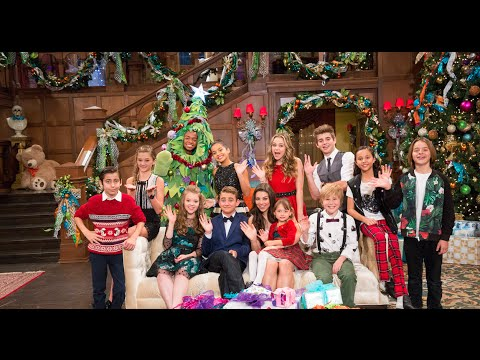 Nickelodeon Stars Celebrate Ho Ho Holiday Special at Paramount ...