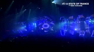 Roman Messer feat. Christina Novelli - Frozen (Alex M.O.R.P.H. Remix) [ASOT 650 @ Utrecht]