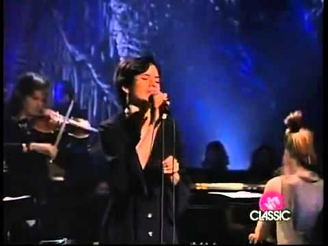 10,000 Maniacs with Natalie Merchant   Because The Night