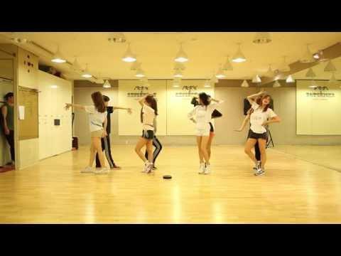 "KARA (카라) - ""맘마미아 (Mamma Mia)"" Dance Practice Ver. (Mirrored)"