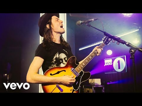 Thumbnail: James Bay - Hymn For The Weekend (Coldplay cover in the Live Lounge)