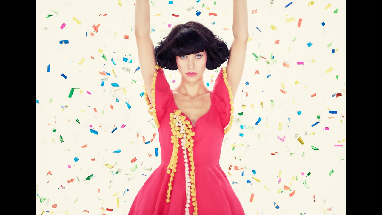 """Download Kimbra - """"Cameo Lover"""" [Official Music Video]"""