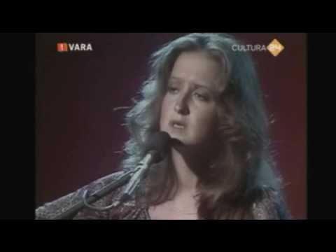 Bonnie Raitt - Nothing Seems To Matter (Live 1977)