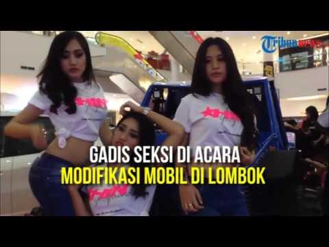 Kehadiran Gadis Seksi Meriahkan Acara Modifikasi Mobil di Lombok