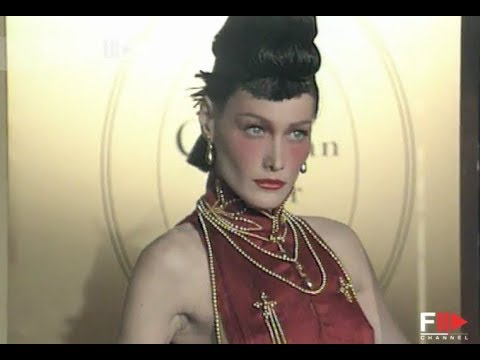 CHRISTIAN DIOR Fall Winter 1997 1998 Paris - Fashion Channel