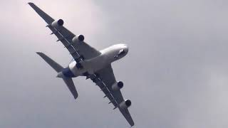 Scary A380 Nosedive Whilst Deploying The Undercarriage.