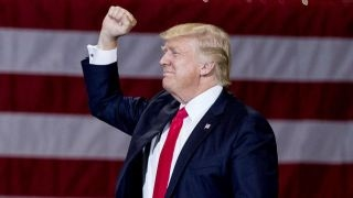 Trump signs executive order promoting religious liberty