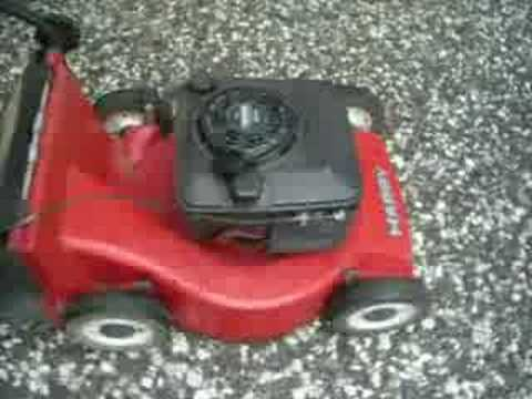 Briggs And Stratton Engine >> Harry Lawnmower - YouTube