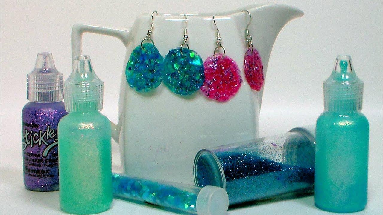 Diy glitter glue earrings youtube solutioingenieria Images