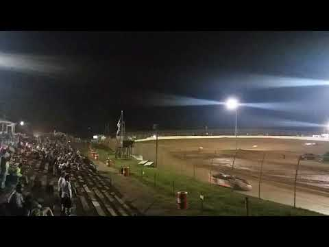 Hot lap super  late models Memorial Day classic at duck river speedway