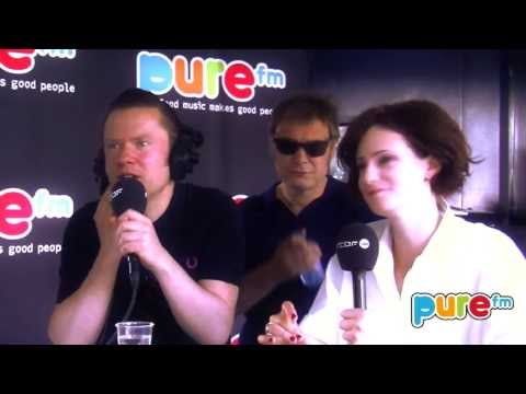 HOOVERPHONIC Interview Les Ardentes 2013 sur PURE