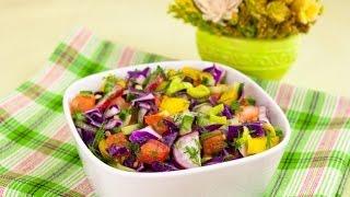 салат витаминный из свежих овощей с яблоком