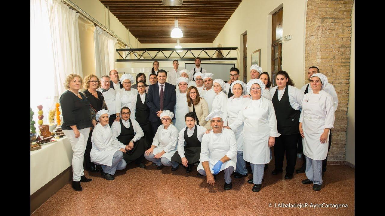 La Adle Clausura Sus Cursos De Cocina Y Servicio De Restaurante