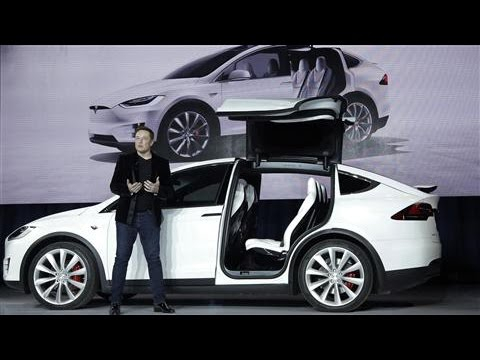 Tesla Finally Launches Their Design-Packed Model X