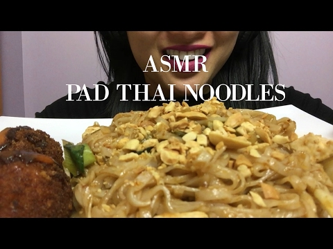 ASMR LETS EAT PAD THAI NOODLES (EATING SOUNDS) | SAS-ASMR