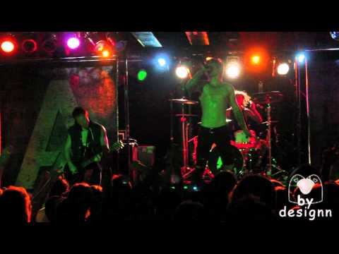 "A Skylit Drive - ""Love The Way You Lie"" LIVE in HD!"