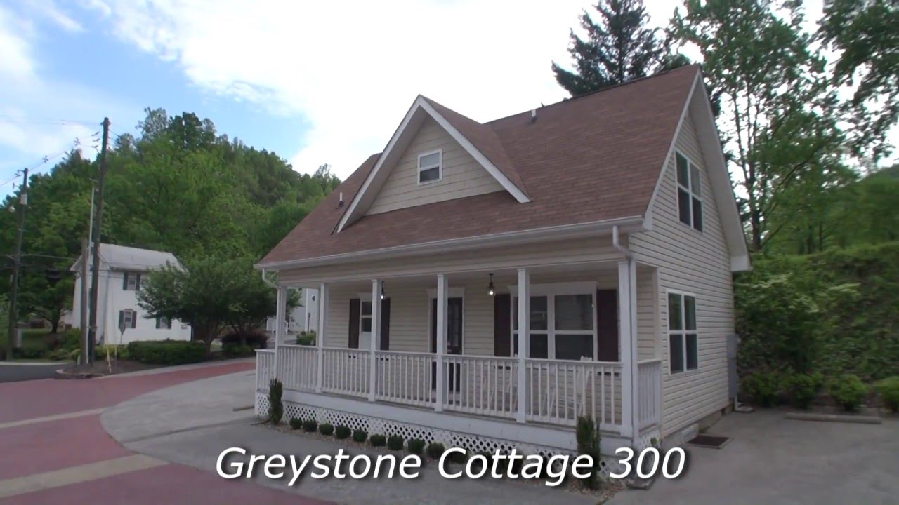 two bedroom cottage gresytone cottages cottage 300 2 bedroom cottage on 15243