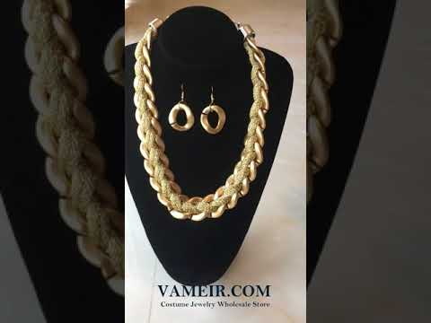Vameir Costume jewelry: Big Chain Golden Necklaces Jewelry Set necklace050