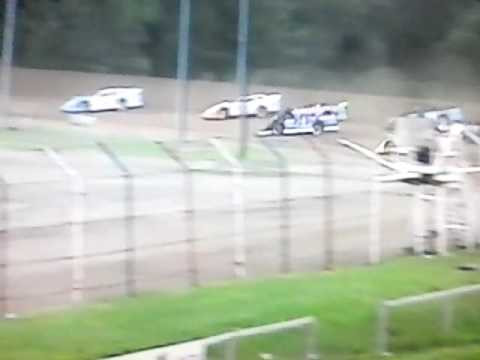Dog Hollow Speedway 6-17-16 SLM UFO Heat #4