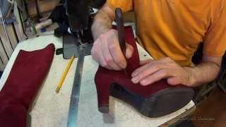 Врезка молний в голенище сапог. Ремонт обуви.