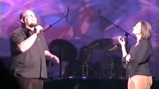 Bart Millard, Amy Grant, Vince Gill sing 'I Can Only Imagine'