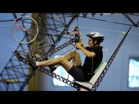 Human-Powered Helicopter: Straight Up Difficult   SKUNK BEAR