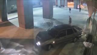 Пьяный водитель в аэропорту Казани