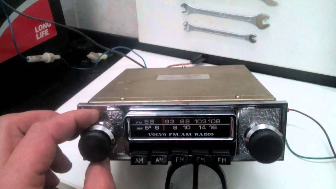 vintage car radio for volvo p 1800 amazon youtube. Black Bedroom Furniture Sets. Home Design Ideas