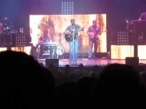 Darius Rucker- Learn to Live [LIVE]