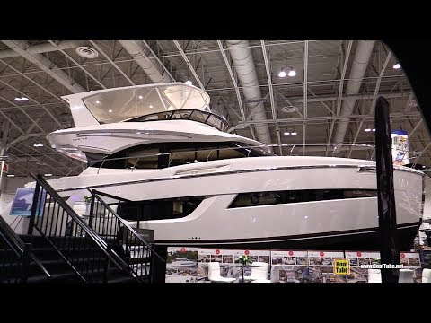 2018 Carver C52 Coupe Luxury Motor Yacht - Walkaround - 2018 Toronto Boat Show