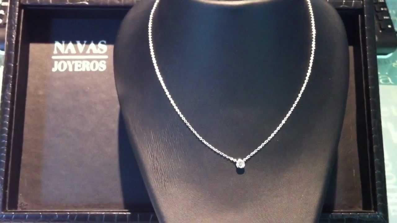f2edb321ad6d Colgante con diamante en chatón BISEL - Navas Joyeros - YouTube