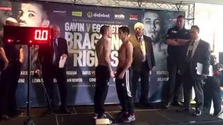 SEAN 'SHOWTIME' DAVIS v PAUL ECONOMIDES - OFFICIAL WEIGH IN VIDEO / BRAGGING RIGHTS