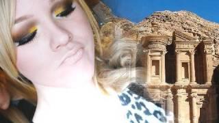 NikkieTutorials | The Eight Wonders Of The World: Petra