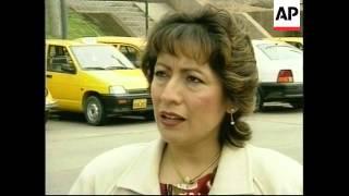 PERU: LIMA: TAXI DRIVERS ENCOURAGED TO LEARN ENGLISH