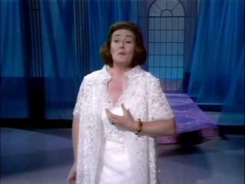 Joan Sutherland -sempre libera (verdi- la traviata)