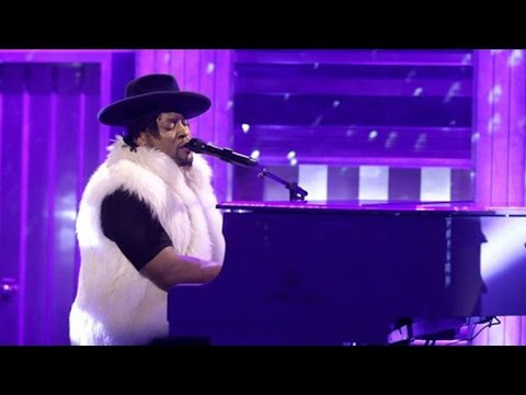D'Angelo and Maya Rudolph's Prince Cover Band Princess Perform Touching Tribute on 'The Tonight S…