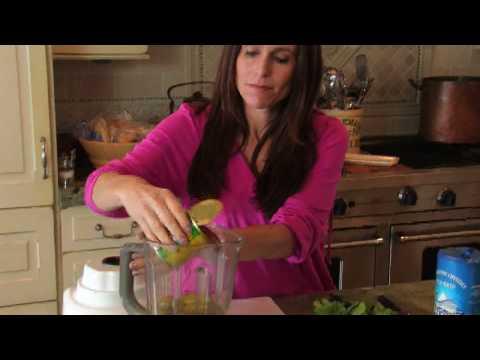 Quick & Easy Tomatillo Salsa - Food & Home - ModernMom