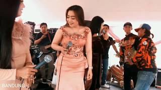 Siuh Lagu Yang Lagi Rame Di Panggung - MISS VITRY WIDYA (RAHARTI ANTI) EET VEGA - RUMPAKA NADA Live