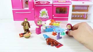 Maşanın Buzdolabında Kinder Joy Toybox Cece Sürpriz Yumurta Açıyor İçerisinde Nasıl Oyuncak Çıktı