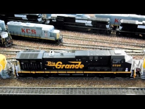 HO Scale: HUGE UP and KCS Grain Trains