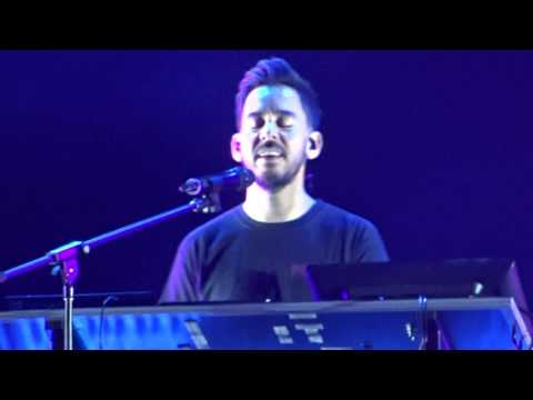 Linkin Park - Crawling (Piano version)/ Leave Out All the Rest  - Praha Aerodrome Festival 2017